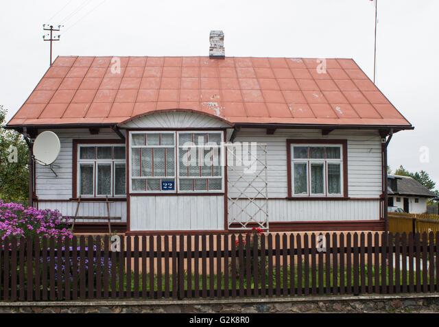 Parabolic roof stock photos parabolic roof stock images alamy - Traditional polish houses wood mastership ...