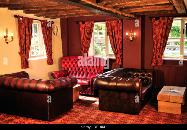 Traditional Pub Furnishings At The Red Lyon Hurley Berkshire Uk Stock Image