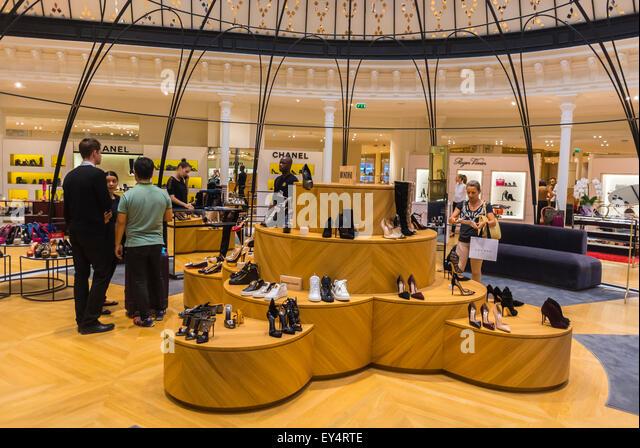 marche shoe district Le bon marché rive gauche an  //wwwlvmhcom/houses/selective-retailing/le-bon-marche/ sender  le bon marché rive gauche will open its new shoe department.