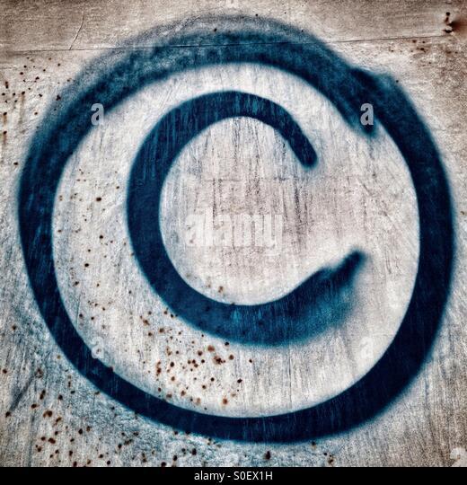 how to put copyright symbol on photos