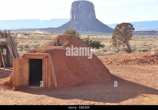 Navajo Hut Interior Stock Photos & Navajo Hut Interior Stock ...