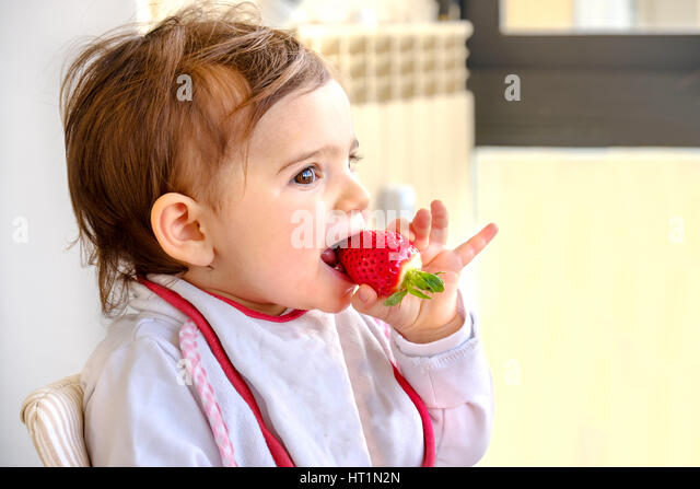 Show Videos Of Newborn Babies Eating New Foods