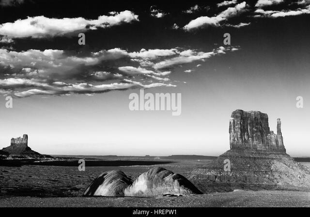 buddhist single men in monument valley Mongolian family at buddhist temple  navajo woman, monument valley feijeriemersma 2 3 hamar men, omo-valley, ethiopia feijeriemersma 4 1.