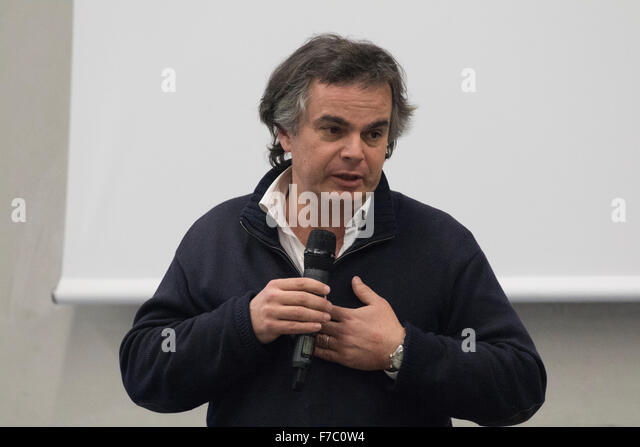 Le zebre stock photos le zebre stock images alamy for Alexandre jardin association