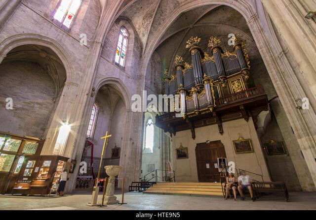 Montpellier cathedral stock photos montpellier cathedral stock images alamy - Cathedrale saint pierre de montpellier ...