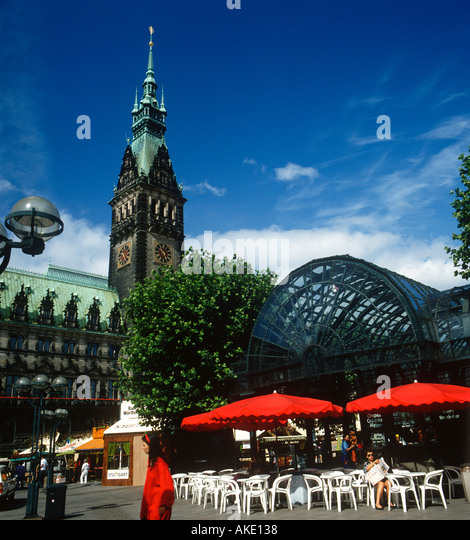 alster arkaden hamburg germany stock photos alster arkaden hamburg germany stock images alamy. Black Bedroom Furniture Sets. Home Design Ideas