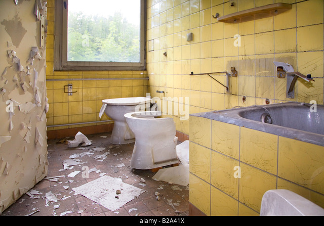 how to say bathroom in german