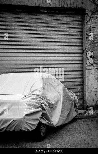 Test emission car stock photos test emission car stock - Garage volkswagen boulogne billancourt ...