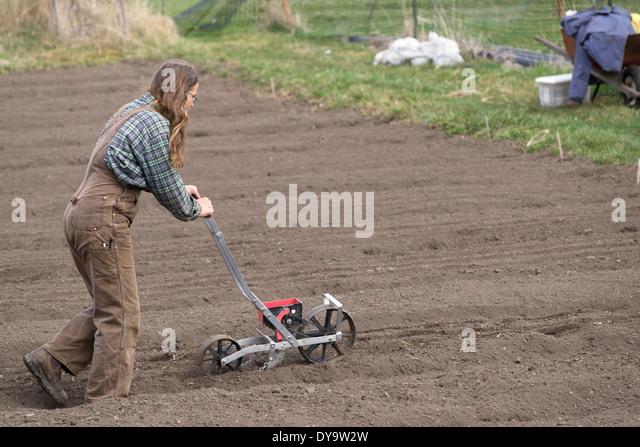 Farmer Planting Seeds Stock Photos & Farmer Planting Seeds ...