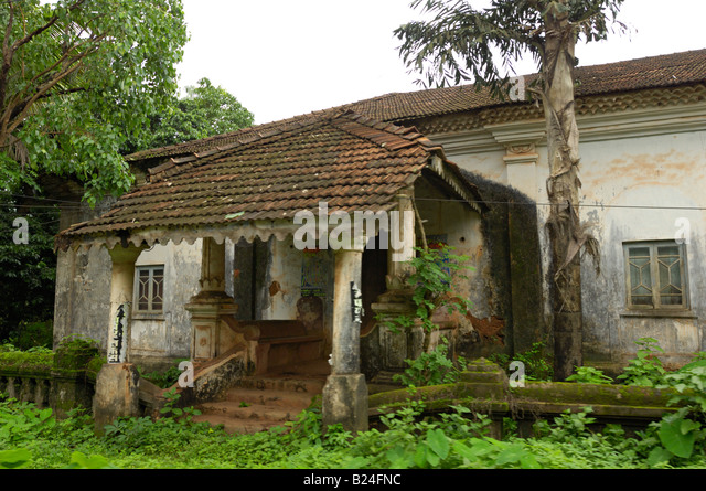 old style house at goa india stock image - Old Style Houses