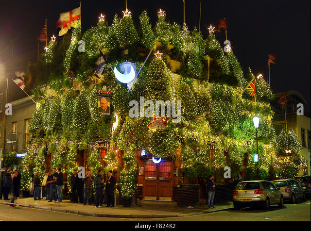 christmas hanging baskets with lights