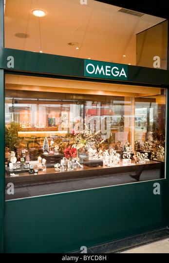 Jewelry makers stock photos jewelry makers stock images for Jewelry stores in geneva switzerland