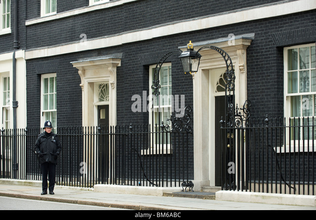 10 downing street door stock photos 10 downing street door stock images alamy. Black Bedroom Furniture Sets. Home Design Ideas