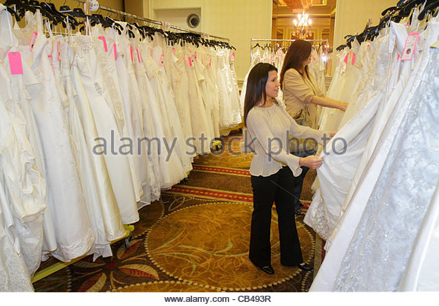 Ethnic gowns stock photos ethnic gowns stock images alamy for Boca raton wedding dresses