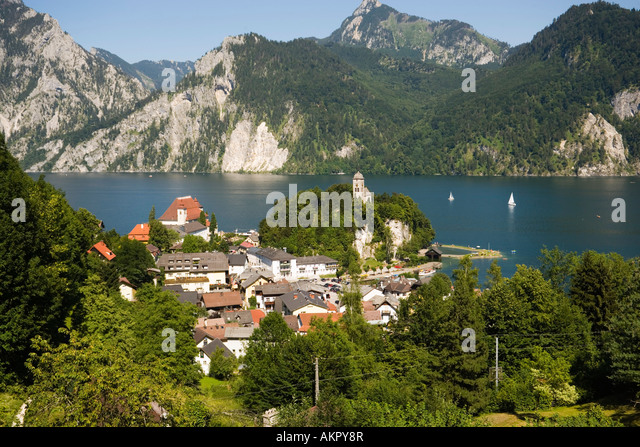 traunkirchen village traunstein mountain stock photos. Black Bedroom Furniture Sets. Home Design Ideas