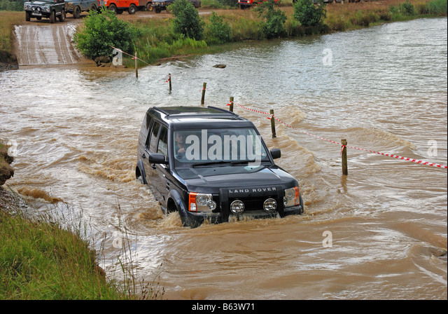 Super Land Rover Discovery 4 Stock Photos & Land Rover Discovery 4 Stock  RM63