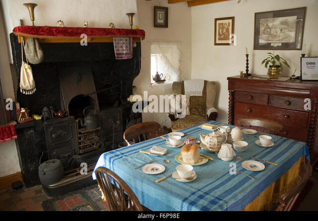 Victorian Style Cottage Stock Photos amp Victorian Style  : cottage kitchen cheddleton flint mill cheddleton stoke on trent staffordshire f6p98e from www.alamy.com size 640 x 446 jpeg 88kB