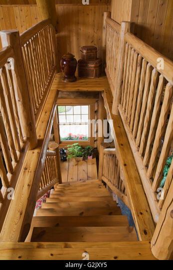 Mezzanine stock photos mezzanine stock images alamy for Wood mezzanine construction plan
