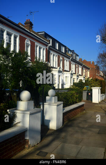 Brondesbury Villas Queen S Park London Uk