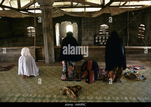 upper lake muslim single women The use of a single  it has been suggested that organized muslim fundamentalists outside of tanzania  three women relax in tanzania successful women.