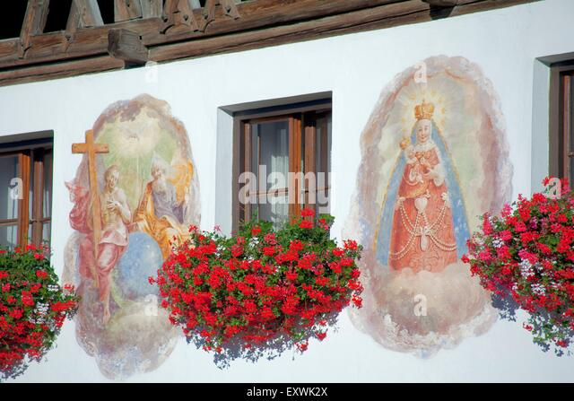 Flower mural stock photos flower mural stock images alamy for Christian mural