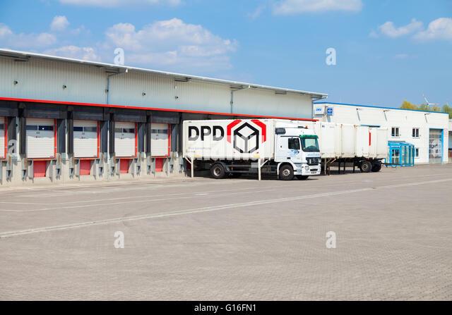 Dpd Express Stock Photos Dpd Express Stock Images Alamy