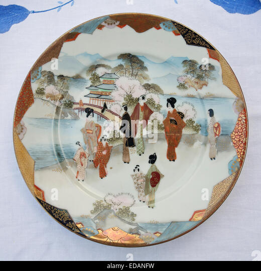 Download Image & Paintings For Japanese Plate Painting | www.paintingsperfect.com