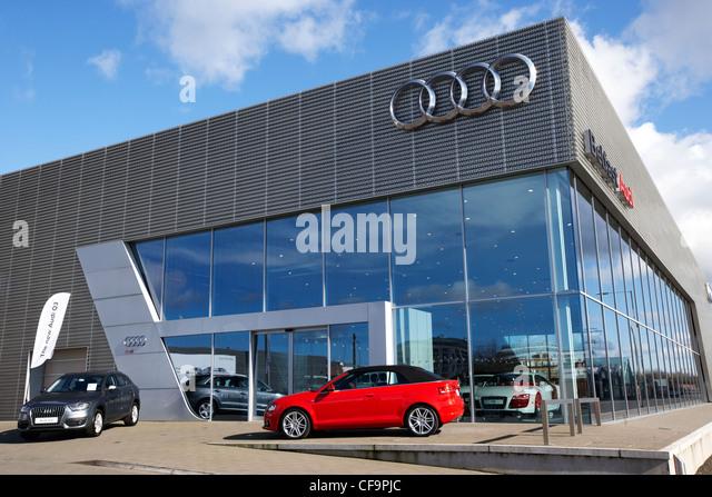 Audi Dealers Stock Photos Audi Dealers Stock Images Alamy - Audi car showroom