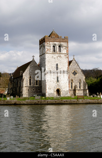 Bisham abbey stock photos bisham abbey stock images alamy for Marlow manor