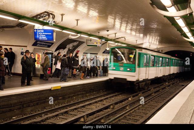 Montparnasse Station Stock Photos & Montparnasse Station Stock ...