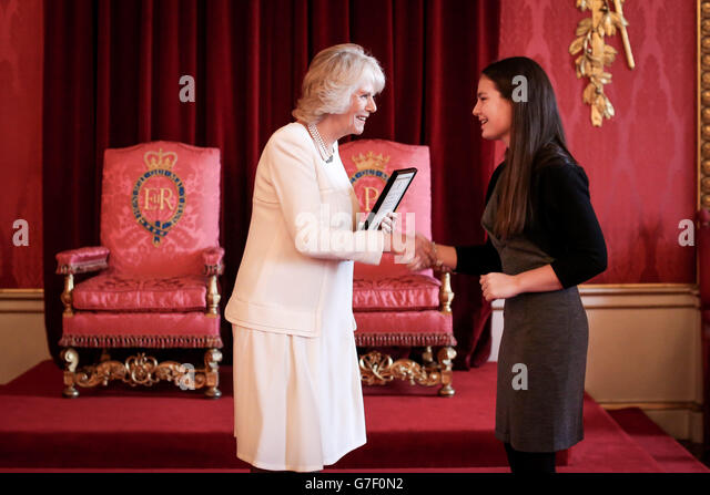 commonwealth essay competition 2004 The queen's commonwealth essay competition is the world's oldest schools' international writing competition, managed by the royal commonwealth society since 1883.