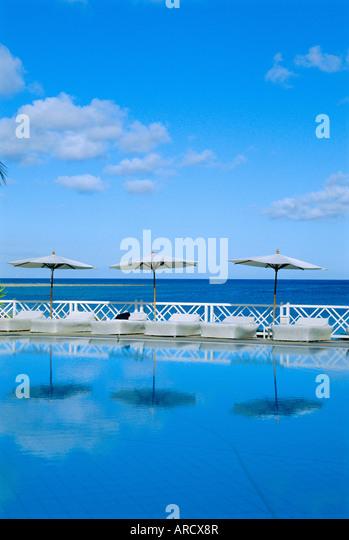 Blue mauritius stock photos blue mauritius stock images for Swimming pool mauritius