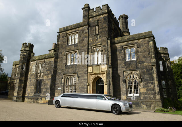 Dudley Priory Hall And Registration Registry Office With Stretched Limo Limousine West Midlands Uk