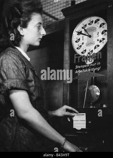 clocking in clock stock photos clocking in clock stock