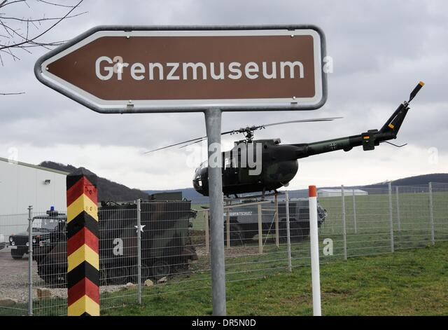 Bad Sooden Allendorf Germany 09th Jan 2014 A Helicopter And Armoured    Bordre Bad Bilder