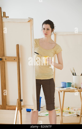 Easel Stock Photos & Easel Stock Images - Alamy