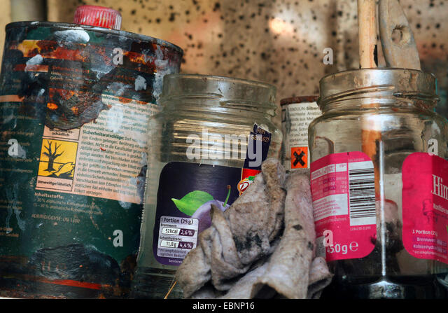 Paints And Varnishes : Rags stock photos images alamy