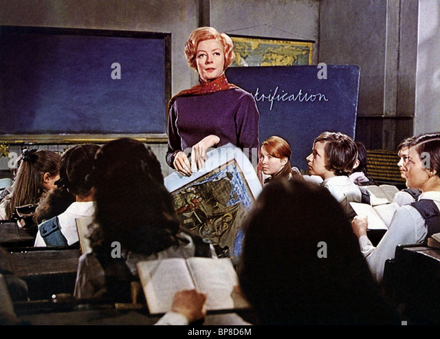 the prime of miss jean brodie 2 essay 'the prime of miss jean brodie unfolds several dimensions of the female role set in edinburgh in the 1930s, we are presented with a protagonist whom is a striking female role model in her domineering, manipulating and sexual powers, powers which we se.