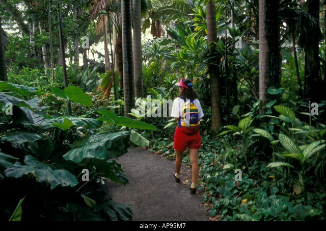 Genial People, Adult Woman, Visiting, Foster Botanical Garden, Botanical Garden,  Botanic,