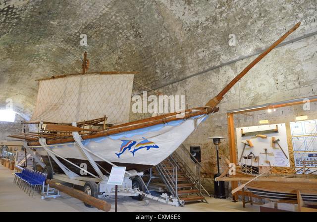 15th Century Ship Stock Photos & 15th Century Ship Stock ...