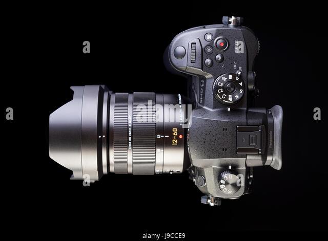 Galati, Romania - APRIL 25, 2017:  Modern view detail of the Panasonic Lumix DMC-GH5 - and Leica Vario-Elmarit 12 - Stock Image