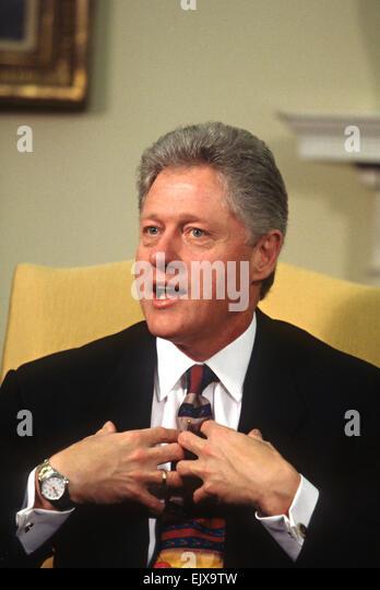 president bill clinton oval office bill clinton oval office