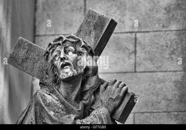jesus carry cross stock photos jesus carry cross stock images alamy