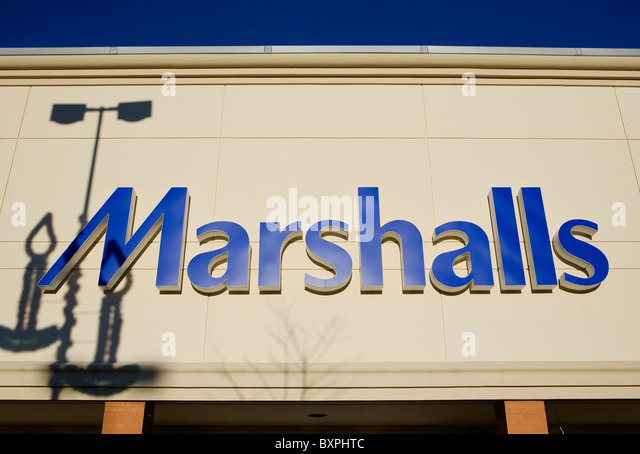 Marshall clothing store hiring