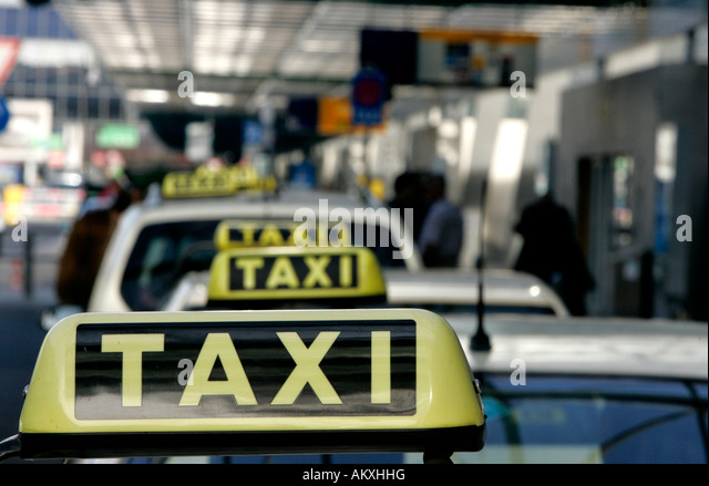 taxidrivers stock photos taxidrivers stock images alamy. Black Bedroom Furniture Sets. Home Design Ideas