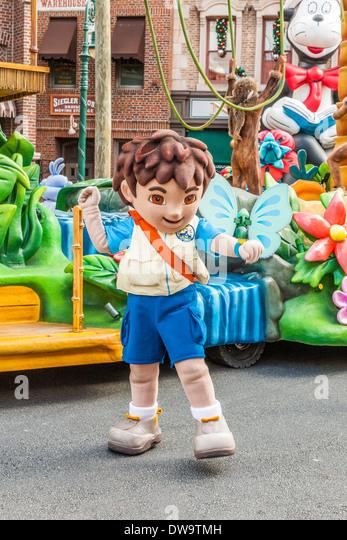 Cartoon Characters Universal Studios : Cartoon character parade stock photos