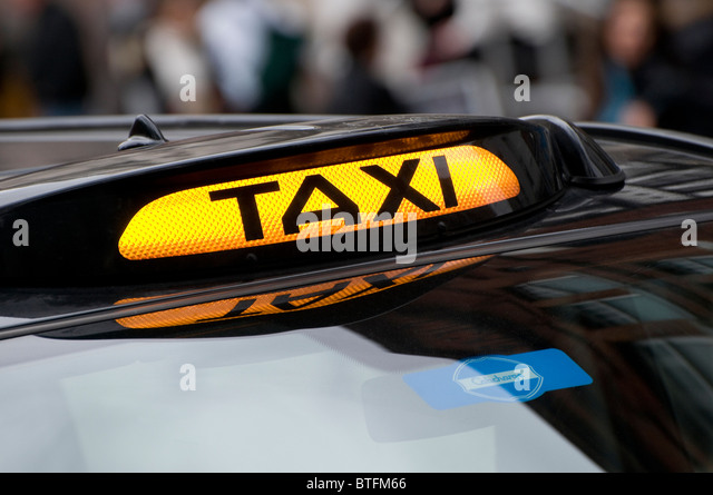taxi rank london stock photos taxi rank london stock images alamy. Black Bedroom Furniture Sets. Home Design Ideas