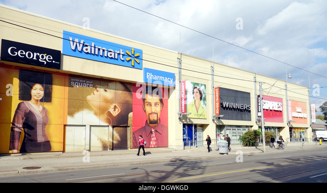 Walmart Exterior Stock Photos Walmart Exterior Stock Images Alamy