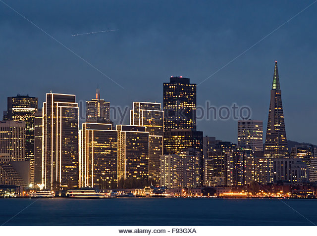 view-of-the-embarcadero-holiday-lights-f