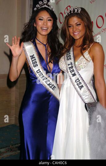 Miss Universe Riyo Mori Stock Photos & Miss Universe Riyo Mori Stock ...